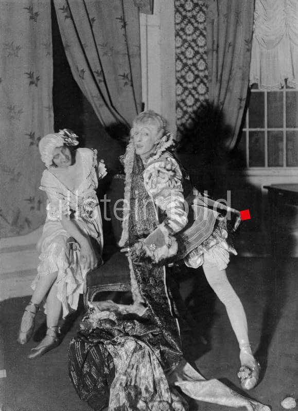 Margarete Christians and Erik Charell in the ballet 'Die Frau ohne Herz'